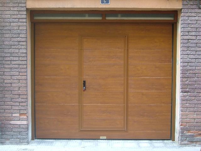 Puerta seccional precio seccionales correderas batientes - Mecanismo puerta garaje ...